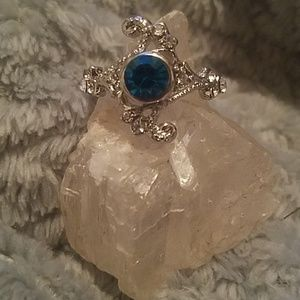 Beautiful Blue and Cubic zirconias fashion ring 9